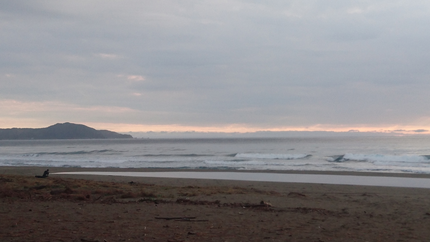 Eary Morning Surfing.